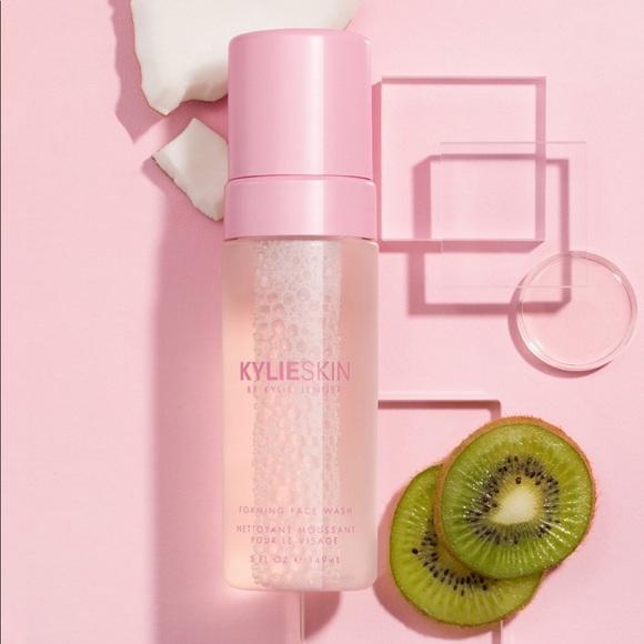 KylieSkin Other - BRAND NEW KylieSkin Face Wash 💦